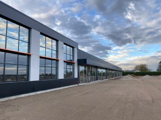 Location  BERNAY local commercial 1 pieces, 150m2 habitables, a BERNAY